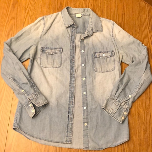 J. Crew Tops - Jcrew chambray button up in size 4